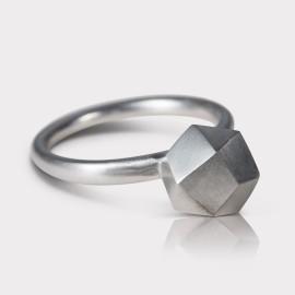 Ring Polyrocks Silber (by Michaela Koller)